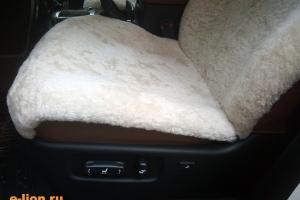Toyota Land Cruiser-200, натуральный мутон,чехлы на заказ